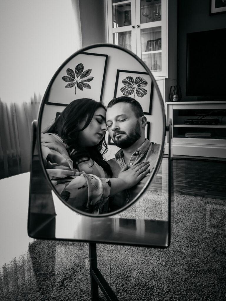 Paar im Spiegel